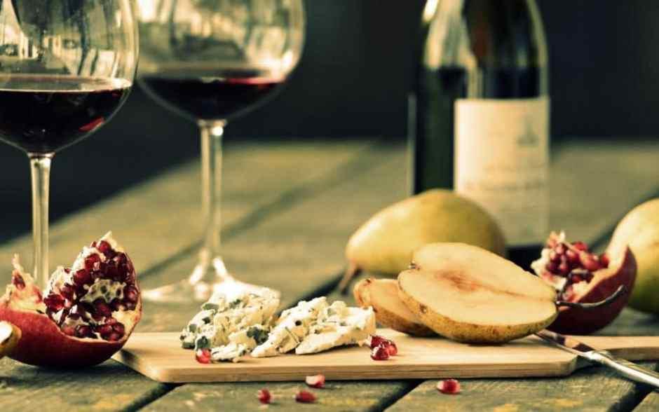 o-wine-and-cheese-facebook-xlarge_trans_nvbqzqnjv4bqnuhzxaamnmhdqk-ykswrz2o-ymlyyqukcawpydow254